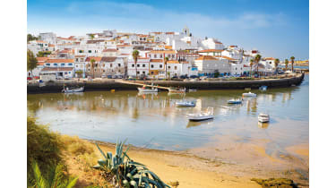 Harbour in Portugal © Alamy
