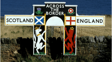 Sign marking the border between England and Scotland © Getty Images