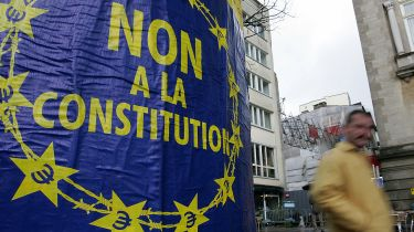 Anti-EU constitution banner in France