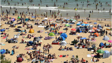 Bournemouth beach © GLYN KIRK/AFP via Getty Images