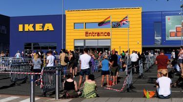 Queue outside Ikea © Michael Regan/Getty Images