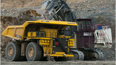 Gold mine dump truck © Paula Bronstein/Getty Images