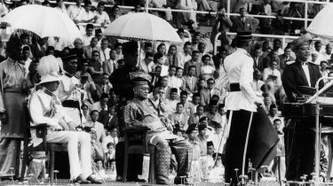 The Duke of Gloucester, the Yang Di-Pertuan Agong and Tunku Abdul Rahman at the Malayan Proclamation of Independence ceremony © Central Press/Getty Images