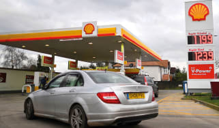 Shell petrol station © BEN STANSALL/AFP via Getty Images
