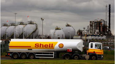 Shell oil tanker © Jeff J Mitchell/Getty Images