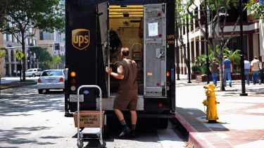 UPS driver and van © Kevork Djansezian/Getty Images