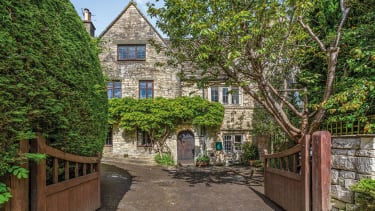 Manor Cottage, Brimscombe Hill, Stroud, Gloucestershire.
