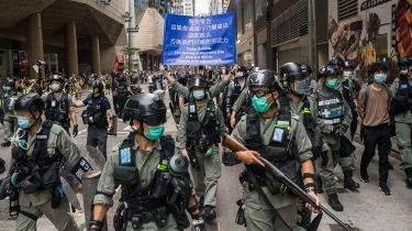 Riot police in Hong Kong © Billy H.C. Kwok/Getty Images