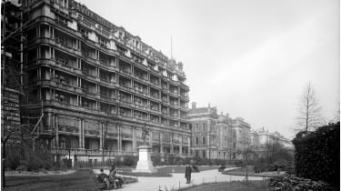 The Savoy hotel © English Heritage/Heritage Images/Getty Images