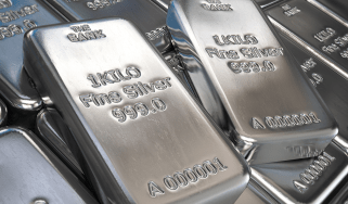 Silver bars © Getty Images/iStockphoto