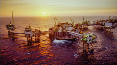 kofisk oil production platform, the North Sea © Jan Hakan Dahlstrom/Getty