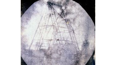 John Herschel's 1839 photo of his father's telescope in Slough © SSPL/Getty Images