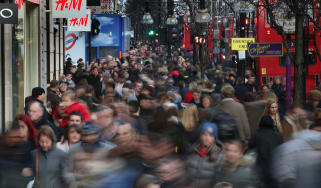 Crowds on Oxford Street © Peter Macdiarmid/Getty Images