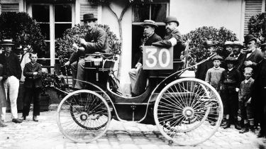 1894 Paris to Rouen race © National Motor Museum/Heritage Images/Getty Images