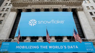 Banner on the NYSE proclaiming the Snowflake IPO