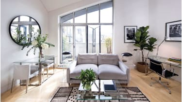 The modern minimalist interior is the work of Living Rooms' Tracy Lowy