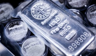 Silver bars and coins © Akos Stiller/Bloomberg via Getty Images