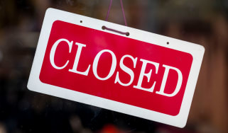 A red closed sign © Matthew Horwood/Getty Images